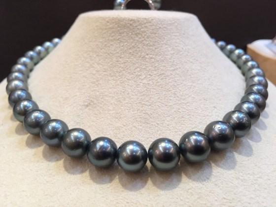 ジュエルミキの黒真珠