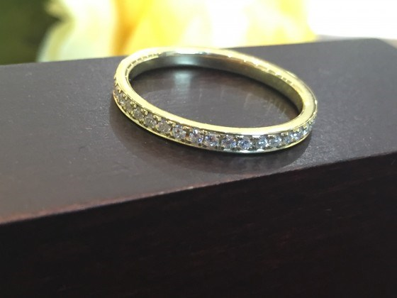 K18フルエタニティ鍛造結婚指輪